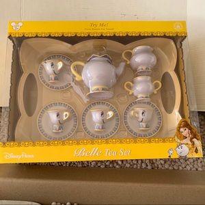 Disney belle tea set